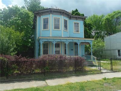 Petersburg Single Family Home For Sale: 840 Commerce Street