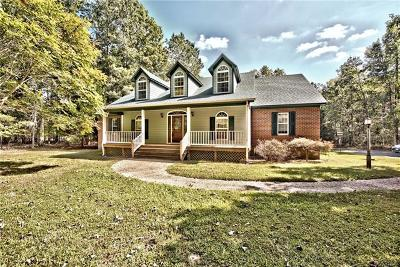 Chesterfield Single Family Home For Sale: 8431 Cattail Road
