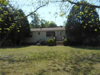 Waverly VA Single Family Home For Sale: $69,999