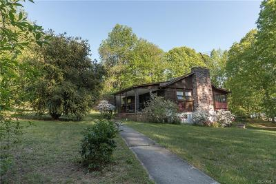 Louisa Single Family Home For Sale: 423 North Lakeshore Drive