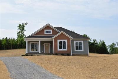 Blackstone Single Family Home For Sale: 1210 Lakeside Drive