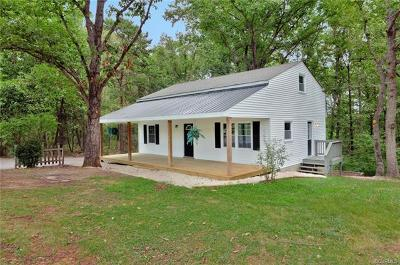 Powhatan VA Single Family Home For Sale: $192,000