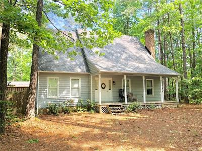 Chesterfield VA Single Family Home For Sale: $229,700