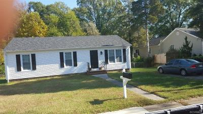 Colonial Heights VA Single Family Home For Sale: $149,995
