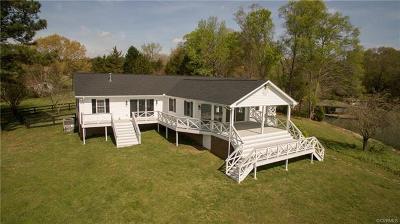 Brunswick County Single Family Home For Sale: 28 Walnut Hill Drive