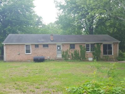Hanover County Single Family Home For Sale: 7945 Meadow Drive