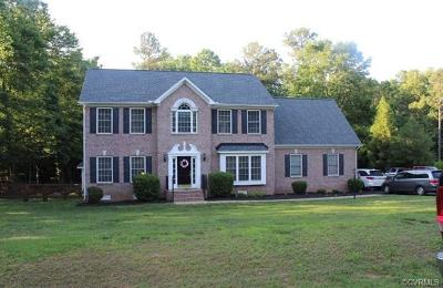 Chesterfield County Single Family Home For Sale: 11112 Lyndenwood Drive