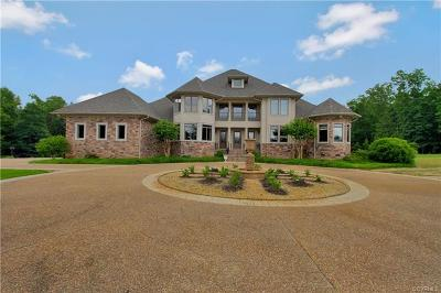 Midlothian Single Family Home For Sale: 14500 Woods Edge Road