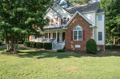 South Chesterfield Single Family Home For Sale: 14825 Pleasant Creek Drive