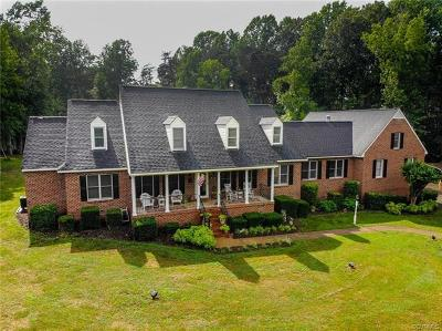 Powhatan County Single Family Home For Sale: 4210 Lockin Circle
