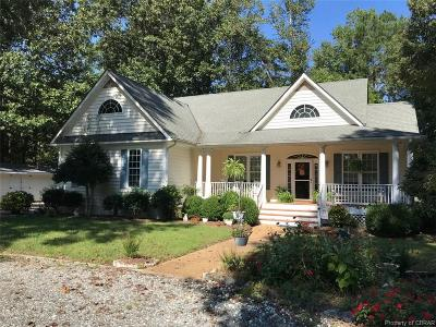Single Family Home For Sale: 114 Riverboat Lane