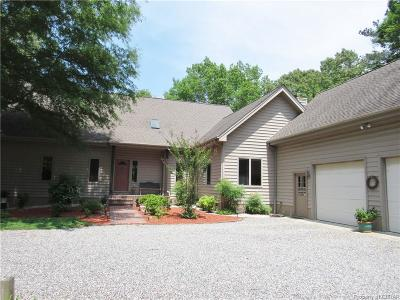 Lancaster Single Family Home For Sale: 783 Eagle Trace