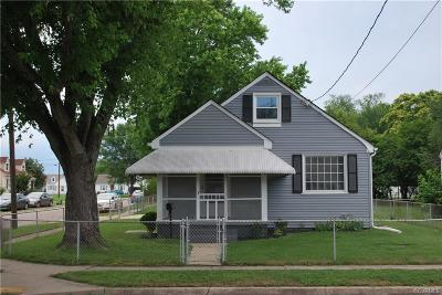 Colonial Heights Single Family Home For Sale: 210 East Westover Avenue