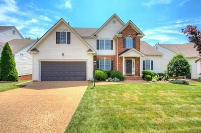 Midlothian Single Family Home For Sale: 606 Krim Point Loop