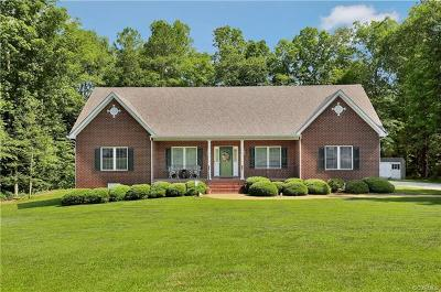 Chesterfield Single Family Home For Sale: 13007 Carters Garden Drive
