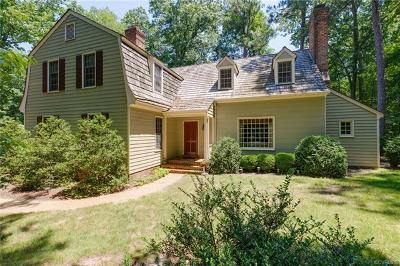 Chesterfield Single Family Home For Sale: 2701 River Oaks Drive