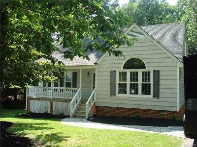 Midlothian Single Family Home For Sale: 13645 Decidedly Court