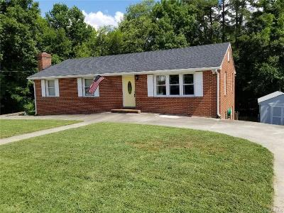 Colonial Heights VA Single Family Home For Sale: $190,000