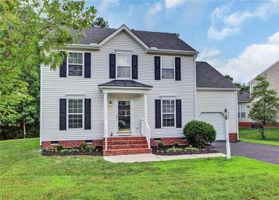 Midlothian Single Family Home For Sale: 8443 Newbys Mill Drive