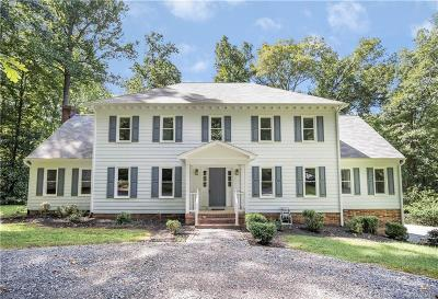 Powhatan County Single Family Home For Sale: 2715 Happy Hollow Drive