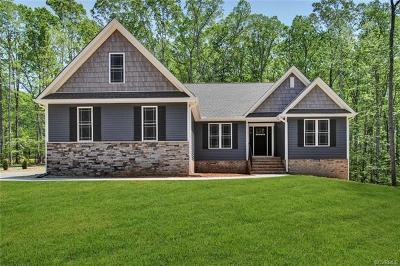 Powhatan County Single Family Home For Sale: 2244 Branch Forest Way