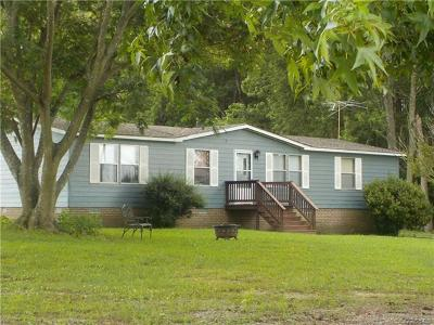 Dinwiddie County Single Family Home For Sale: 18907 Sutherland Avenue