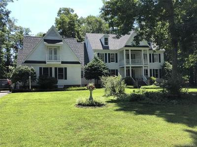 Midlothian Single Family Home For Sale: 2401 Rochester Court