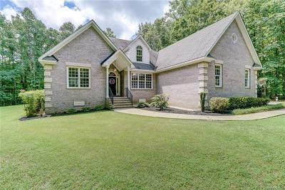Powhatan County Single Family Home For Sale: 2990 West Maple Grove Lane