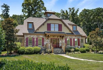 Midlothian Single Family Home For Sale: 2300 Wooded Oak Place