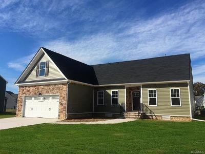 Henrico County Single Family Home For Sale: 7040 Ravenscraig Crescent