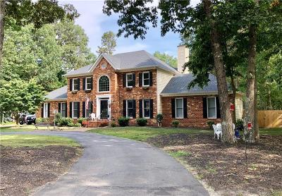 Chesterfield Single Family Home For Sale: 13711 Brandy Oaks Drive