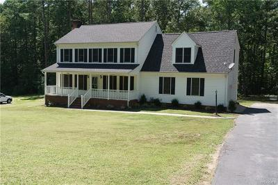 Chesterfield Single Family Home For Sale: 20018 Oak River Drive