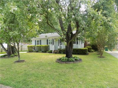 Hopewell Single Family Home For Sale: 392 Red Oak Drive