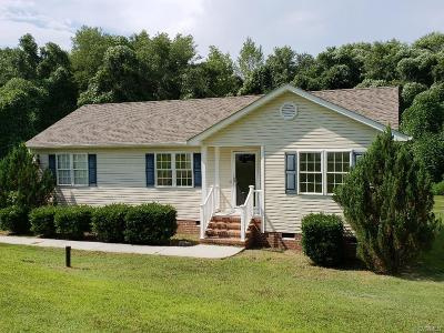 Dinwiddie County Single Family Home For Sale: 5071 Church Drive