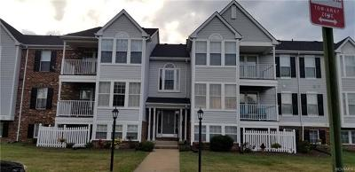 Henrico County Condo/Townhouse For Sale: 9389 Horse Castle Court #702