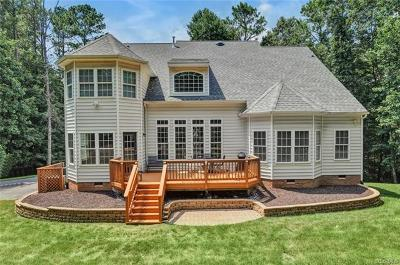 Chesterfield Single Family Home For Sale: 8219 Macandrew Place