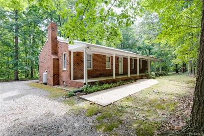 Chesterfield County Single Family Home For Sale: 14810 Beach Road