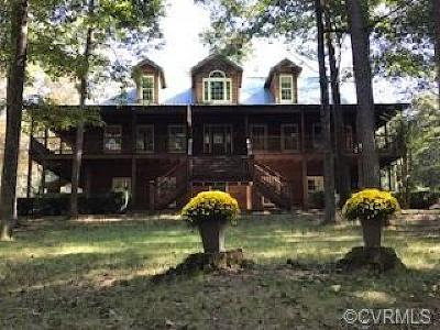 Hanover County Single Family Home For Sale: 17242 Tulip Poplar Road