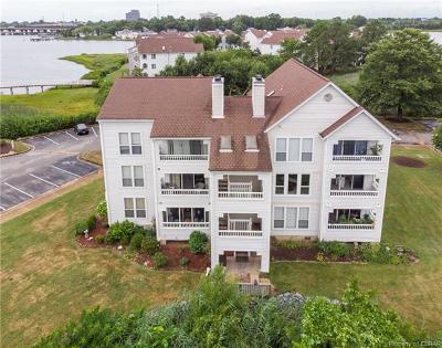 Hampton Condo/Townhouse For Sale: 205 Dockside Drive #A