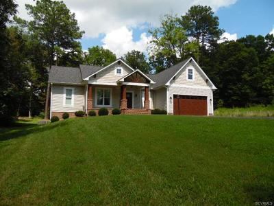 Farmville Single Family Home For Sale: 212 Belmont Circle