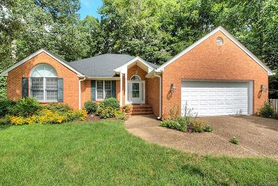 Colonial Heights Single Family Home For Sale: 1372 Whitehall Drive