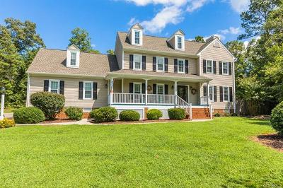 Chesterfield Single Family Home For Sale: 11600 Cedar Mill Court