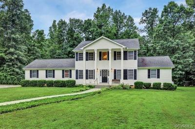 Powhatan Single Family Home For Sale: 2190 Pine Cove Trail