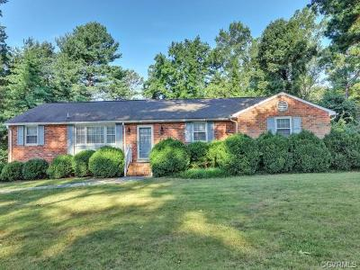 Chesterfield Single Family Home For Sale: 2300 Woodmont Drive