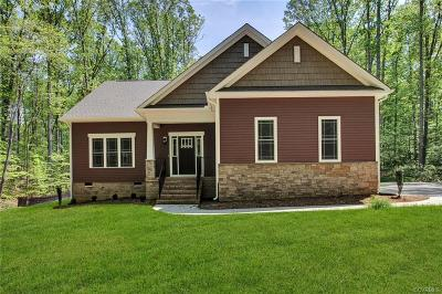 Powhatan Single Family Home For Sale: 2242 Branch Forest Way