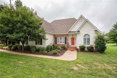 Chesterfield Single Family Home For Sale: 12019 Sugar Hill Drive