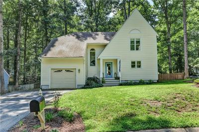Midlothian Single Family Home For Sale: 5612 Woods Walk Road