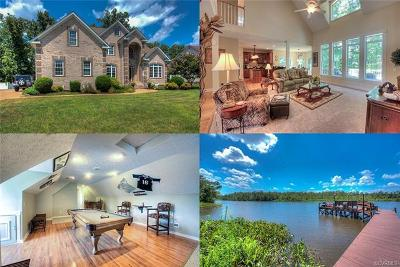 Colonial Heights Single Family Home For Sale: 703 Waterfront Drive