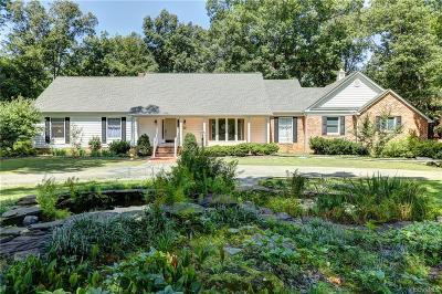 Midlothian Single Family Home For Sale: 2700 Sandhurst Lane