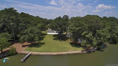 Hampton Single Family Home For Sale: 61 Eastmoreland Drive